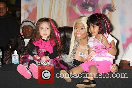 Nicki Minaj and Harlem 4
