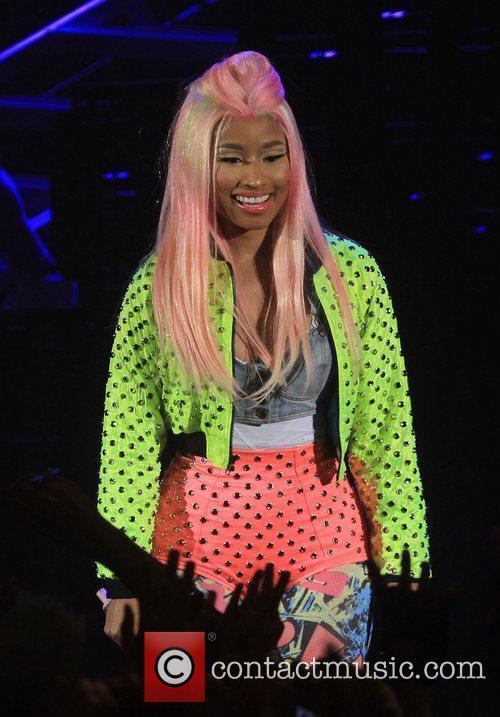 Nicki Minaj and Hammersmith Apollo 6