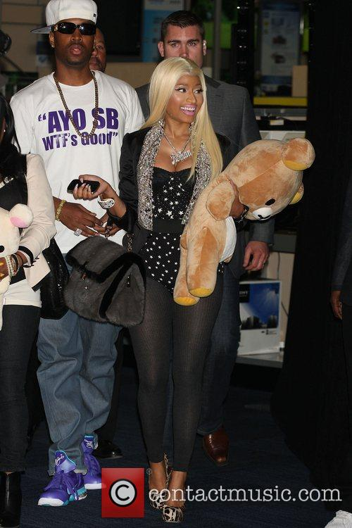 Nicki Minaj and Harlem 5