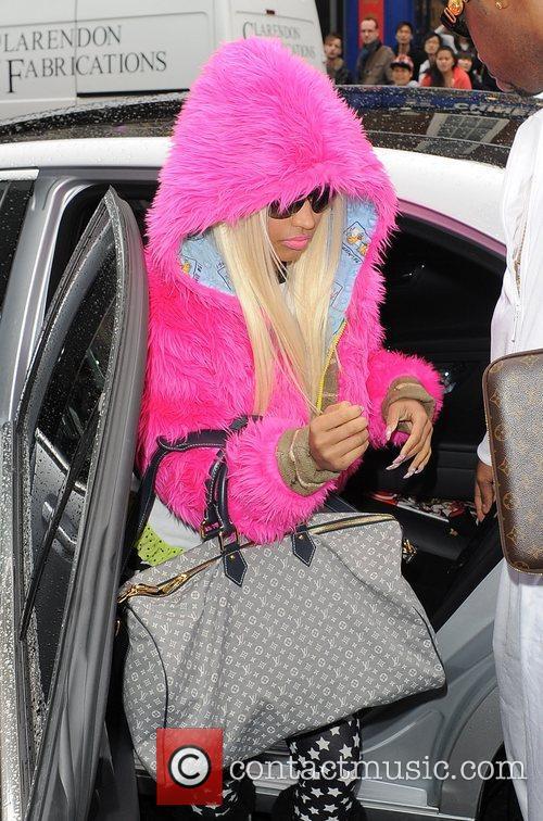 Nicki Minaj and Pink 4