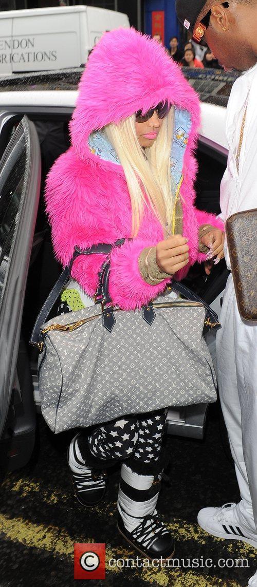 Nicki Minaj and Pink 6