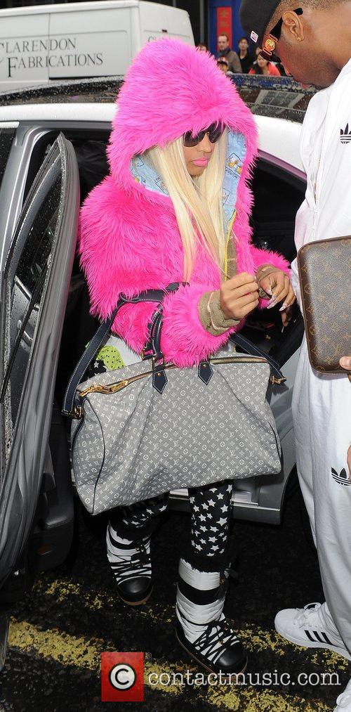 Nicki Minaj and Pink 7