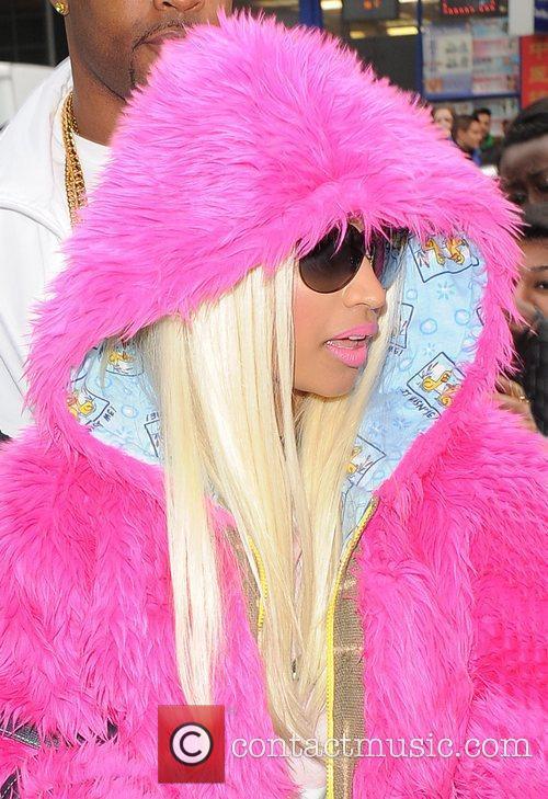 Nicki Minaj and Pink 8