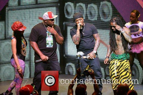 Nicki Minaj, Birdman and Lil Wayne 5