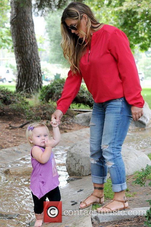 nicole eggert and daughter keegan former baywatch 5897961