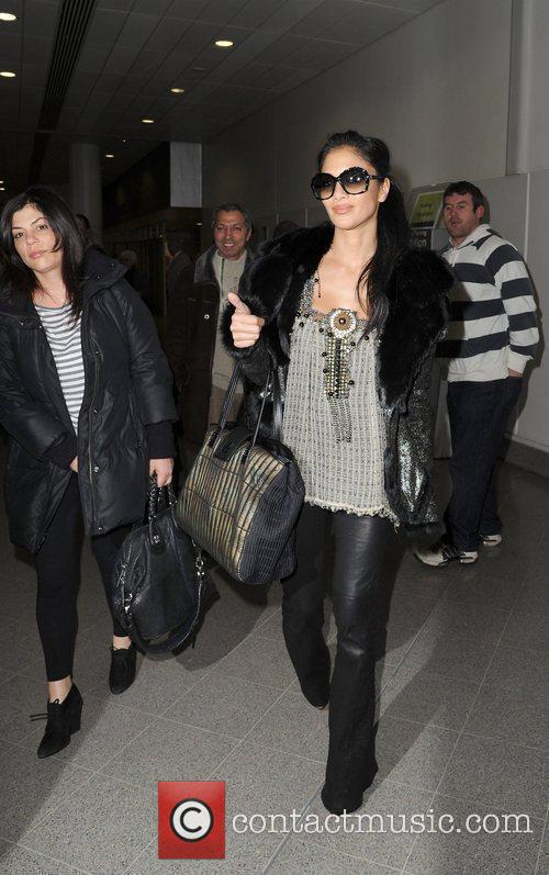 nicole sherzinger arrives at manchester airport ahead 5764215