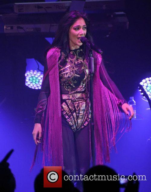 Nicole Scherzinger and Hammersmith Apollo 5