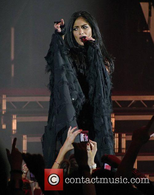 Nicole Scherzinger and Hammersmith Apollo 16