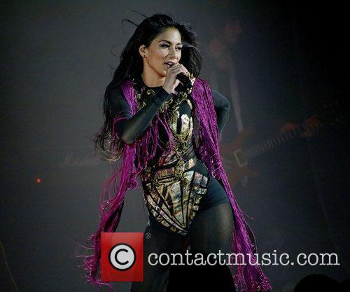 Nicole Scherzinger and Hammersmith Apollo 17