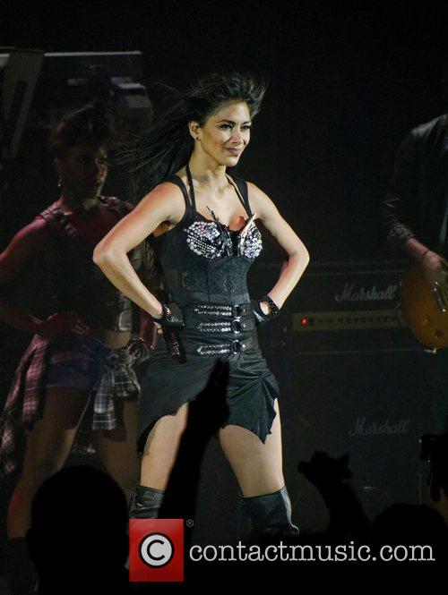 Nicole Scherzinger and Hammersmith Apollo 19