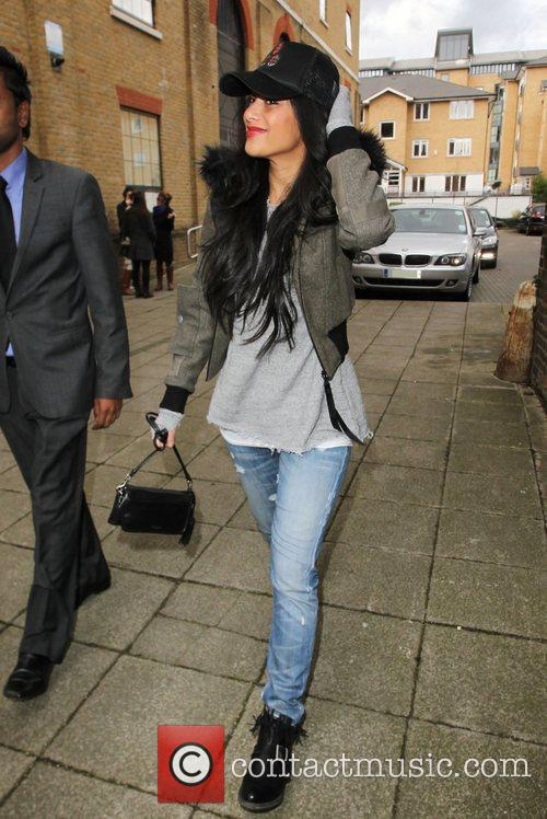 a casually dressed nicole scherzinger arrives at 4149712