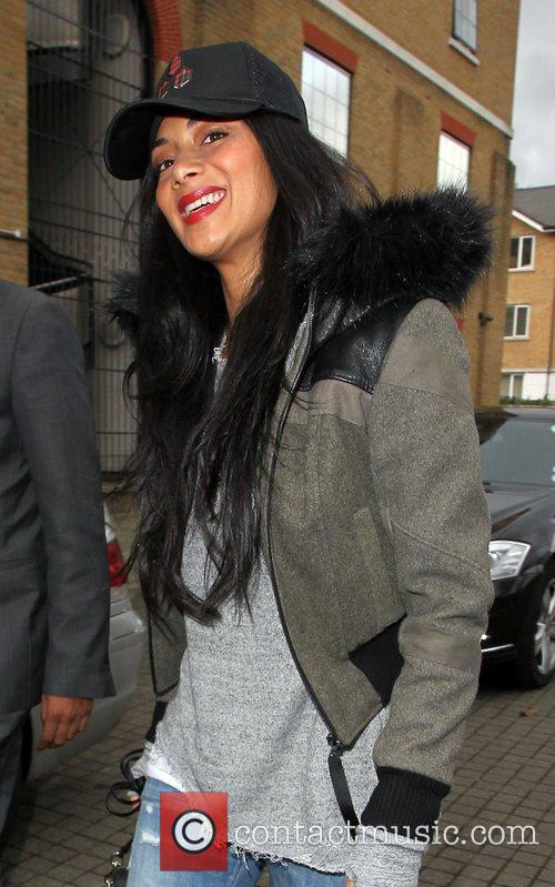 a casually dressed nicole scherzinger arrives at 4149716