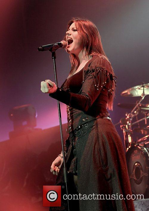 Floor Jansen, Nightwish, Manchester and Apollo 6