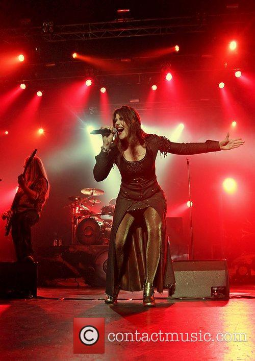 Floor Jansen, Nightwish, Manchester and Apollo 7