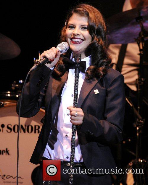 Nikki Yanofsky and Massey Hall 7