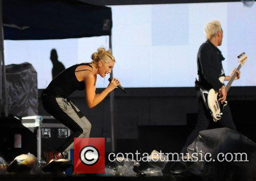Gwen Stefani and No Doubt 4