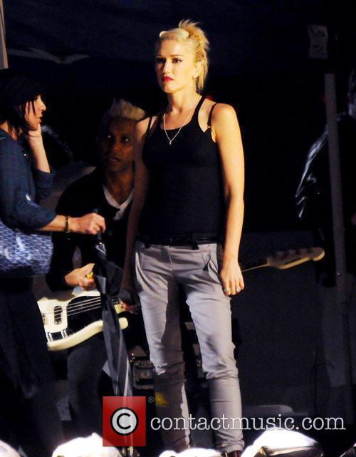 Gwen Stefani and No Doubt 7