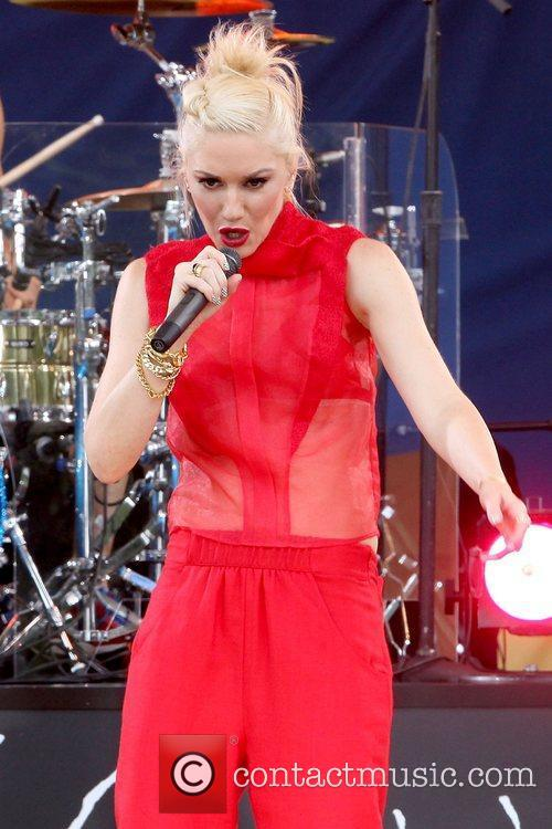Gwen Stefani No Doubt performs live in Central...