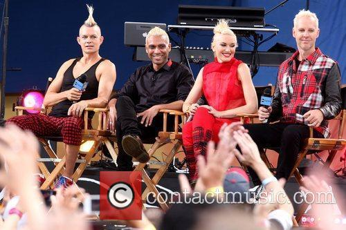 Adrian Young, Dumont and Gwen Stefani 2