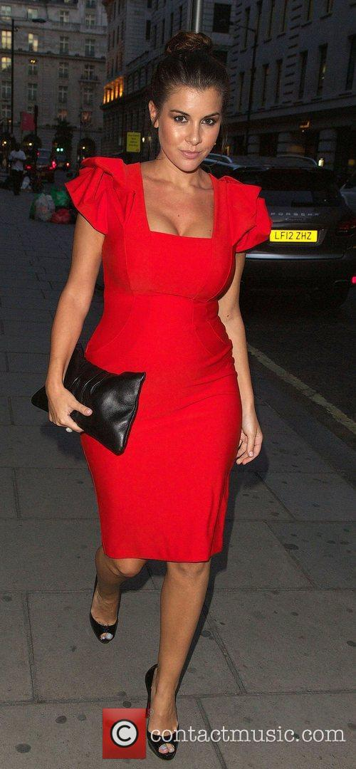 imogen thomas at nobu berkeley showing a 4032379