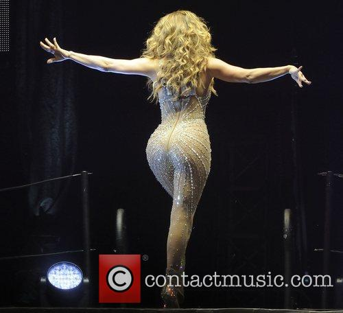 jennifer lopez performing at the air canada 3994564
