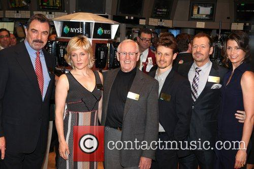 Tom Selleck, CBS, Bridget Moynahan, Donnie Wahlberg, Len Cariou, Stock and Will Estes 3