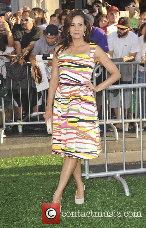 Constance Marie 1