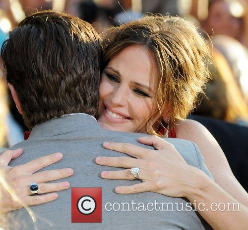 Joel Edgerton and Jennifer Garner 6