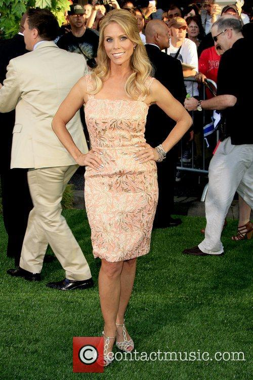 cheryl hines world premiere of the odd 5889719