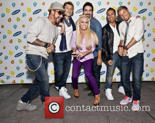 Backstreet Boys, Jenny Mccarthy and Bryant Park 6