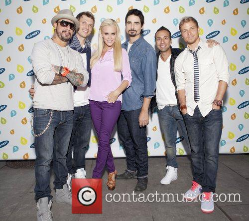 Backstreet Boys, Jenny Mccarthy and Bryant Park 7