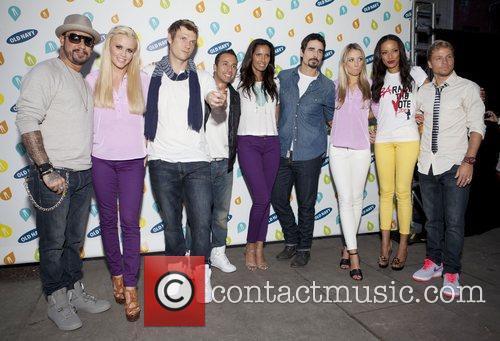 Backstreet Boys, Jenny Mccarthy, Katrina Bowden, Selita Ebanks and Bryant Park 3