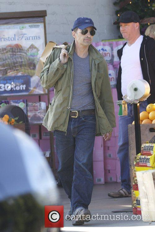 Olivier Martinez and Bristol Farms 8