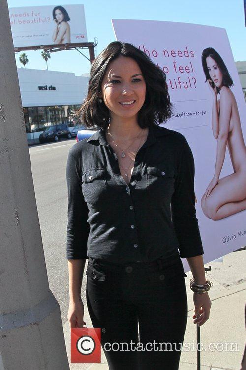 Olivia Munn 4