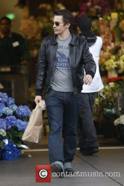 olivier martinez shopping at bristol farms in 5773015