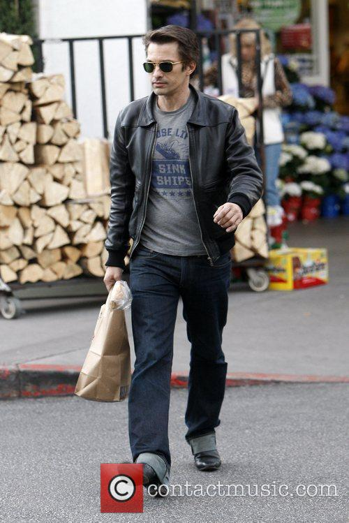 Olivier Martinez and Bristol Farms 2