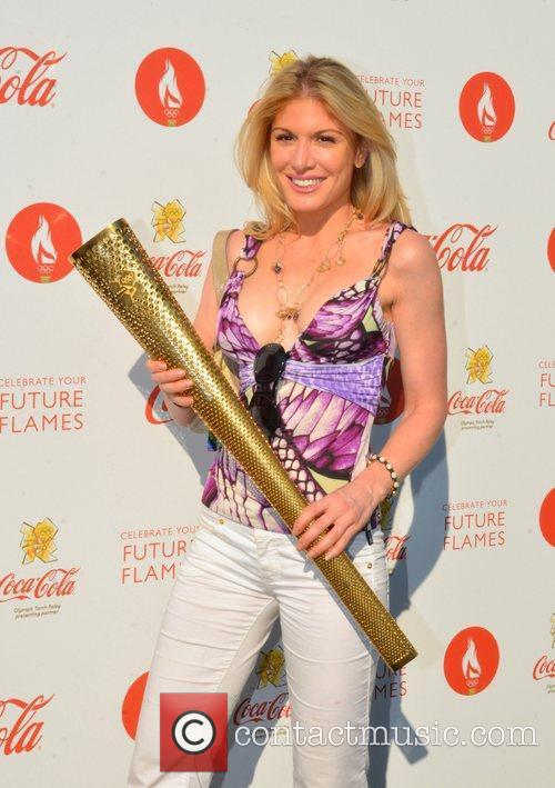 hofit golan olympic torch relay coca cola 4009860