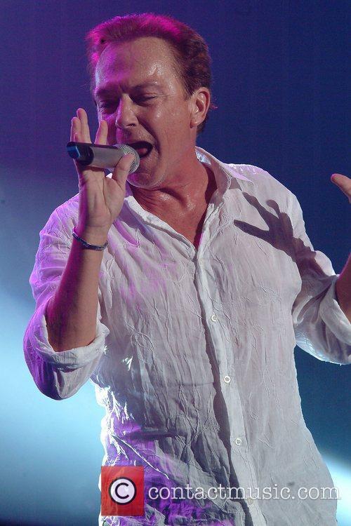 David Cassidy Slurs His Way Through Disastrous LA Concert