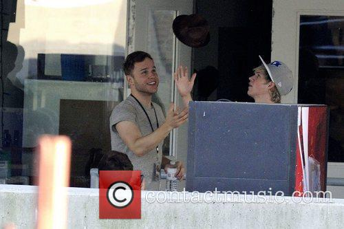 Niall Horan and Olly Murs 4