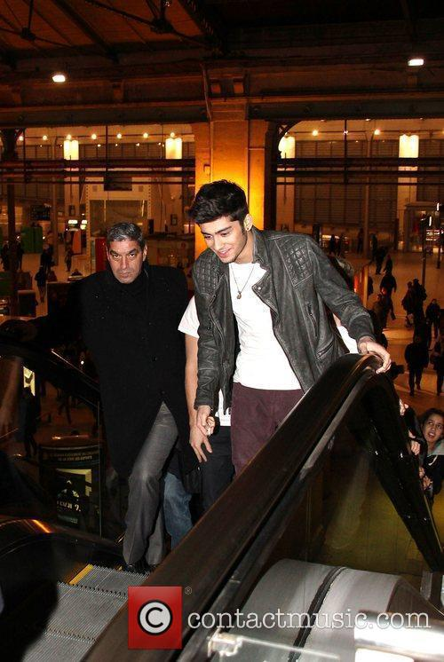 Zayn Malik One Direction arrive at Gare Du...