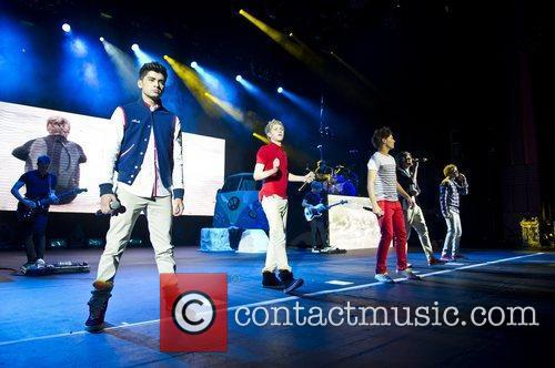 One Direction perform at the HMV Apollo