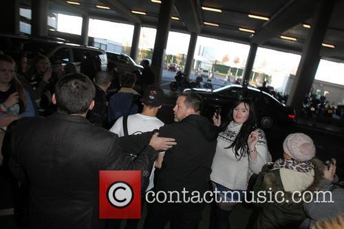 One Direction, Heathrow Terminal
