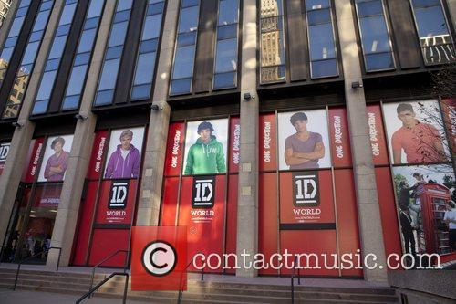 One Direction and World' Pop Up Store 11