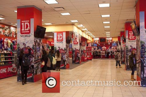 One Direction and World' Pop Up Store 14