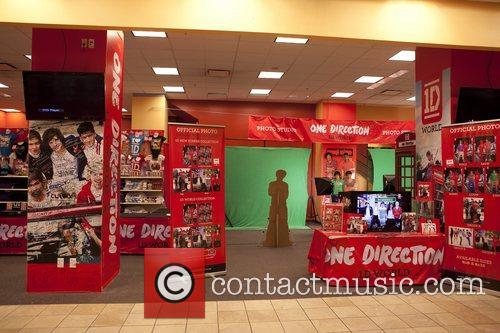 One Direction and World' Pop Up Store 19
