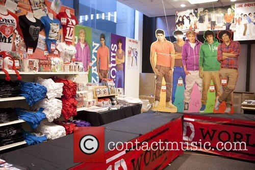One Direction and World' Pop Up Store 5