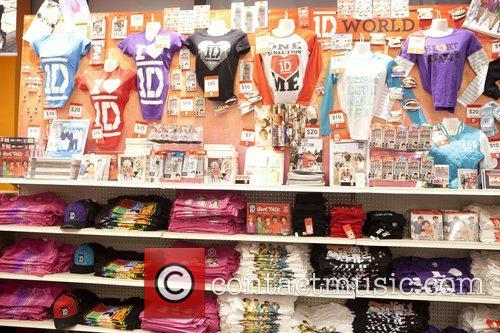 One Direction and World' Pop Up Store 18