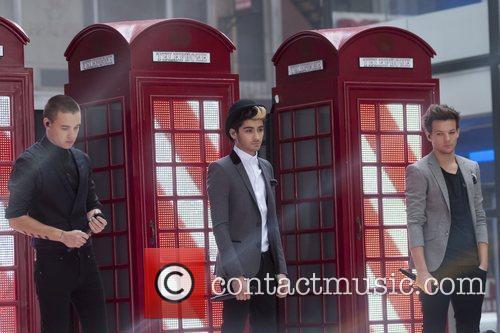 Liam Payne, Zayn Malik, Louis Tomlinson 'One Direction'...