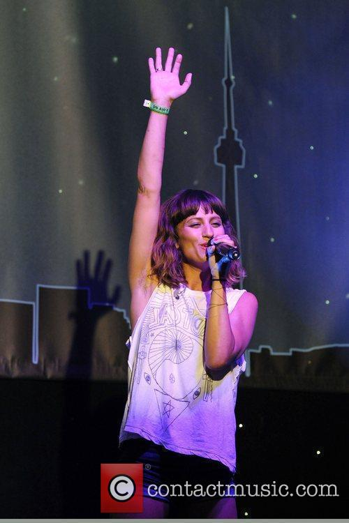 Performs at the 'One Night In Toronto' fundraiser...