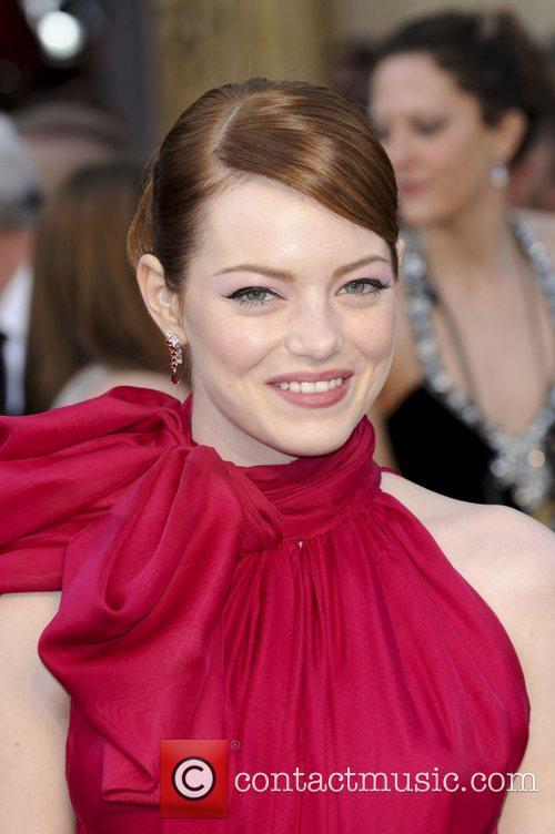 emma-stone-84th-annual-academy-awards-oscars_3753318.jpg